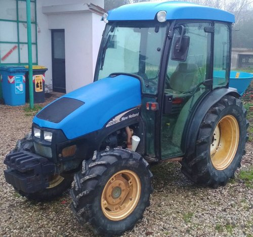 Trattore NH TCE50