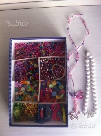 Scatola perline colorate 2 collane