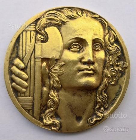 """Medaglia Argento e Oro in onore a MUSSOLINI - """"R4"""""""