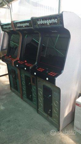 Cabinati arcade personalizzati