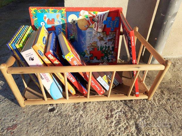 Culla in legno porta libretti - libreria bambini