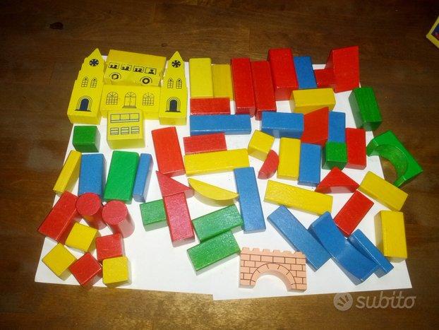 Costruzioni in legno colorate