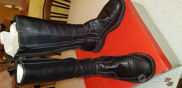 Stivali neri in vera pelle artigianali italiani