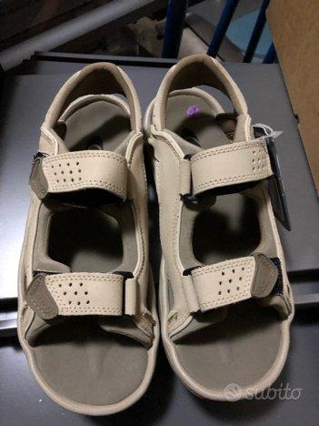 Sandalo salomon