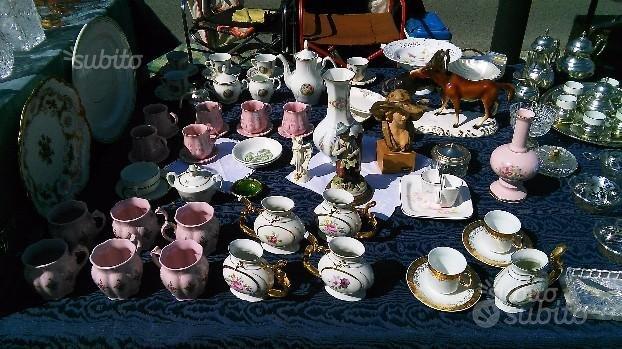 Porcellane,ceramiche acquisisco servizi completi