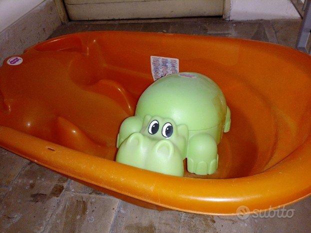Vaschetta bagno e vasino