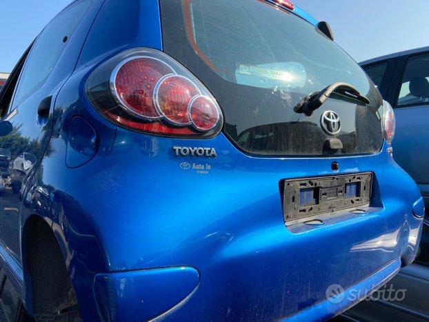 Toyota aygo 2010 - 53765 - ricambi usati