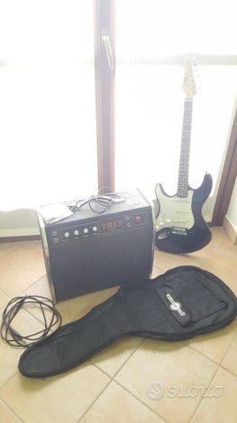Chitarra per mancini con amplificatore