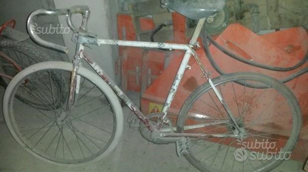Bicicletta da corsa antica
