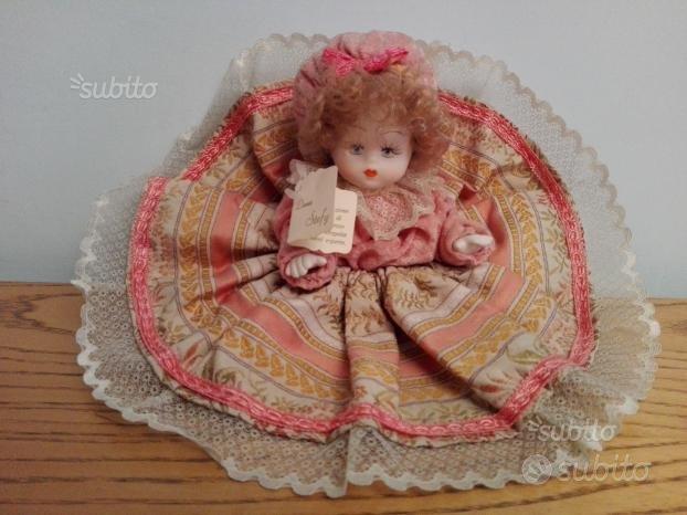 Bambola porcellana Capodimonte