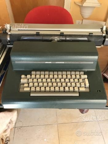 Macchina da scrivere Olivetti lexikon 90