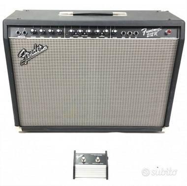 Amplificatore per chitarra Fender frontman 212R
