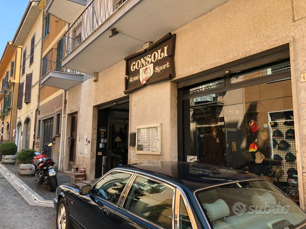 GROTTAFERRATA -  Attività 4 locali € 360.000 AT401