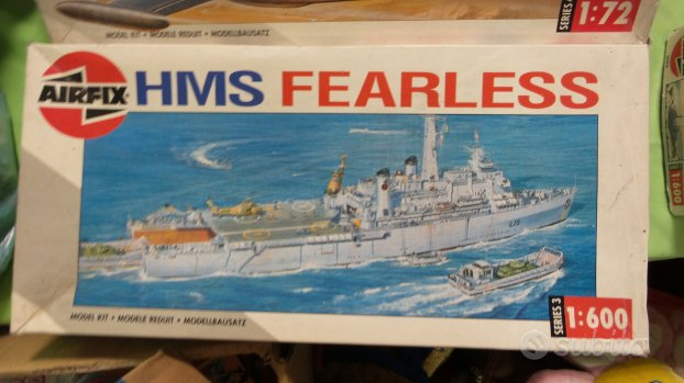 Airfix Nave militare HSM Fearless e Amazon