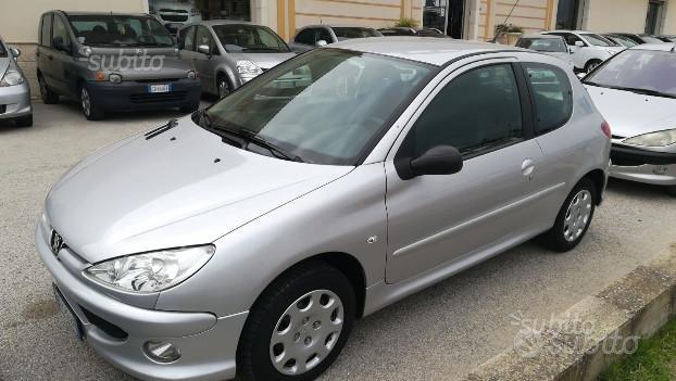 Peugeot 206 1.4 3p 2009 e 1.4hdi 5 porte