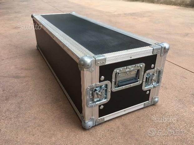 Flight Case Professionale - 24 Unità Rack