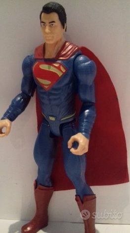 Uomo d'acciaio superman supereroi avengers 30cm