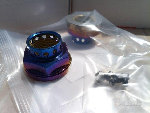 Kit 4 dadi mozzo in titanio subaru