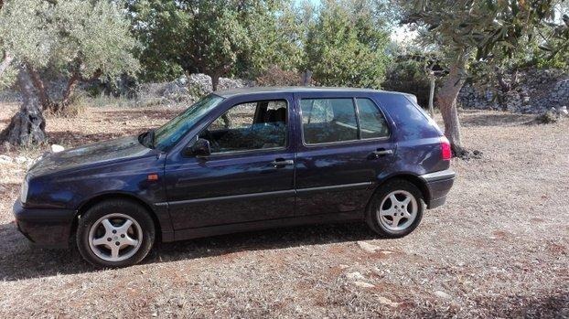 VOLKSWAGEN Golf 3 1995 1.6 Benzina 75kw Marciante