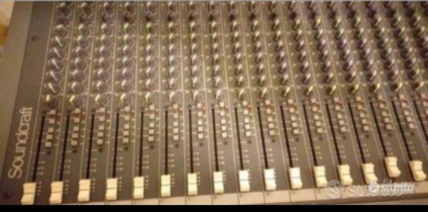Mixer soundcraft Spirit live 4