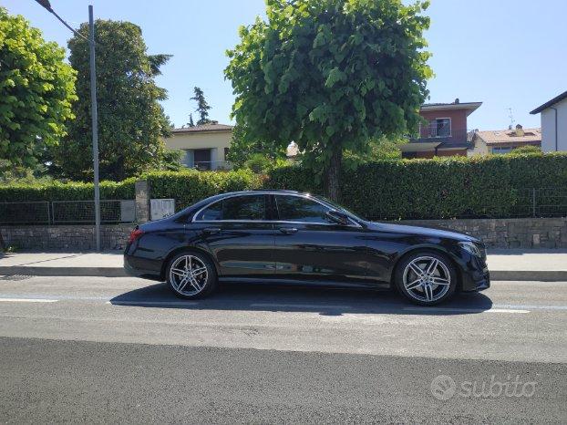 Mercedes E 220 d 4 MATIC allestimenti PREMIUM AMG