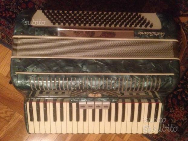 Fisarmonica ARISTON Castelfidardo 120 bassi