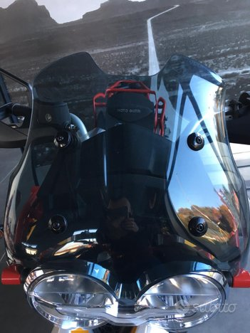 Ricambi e accessori x Moto Guzzi V85TT