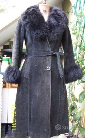 Cappotto nero vera pelle scamosciata