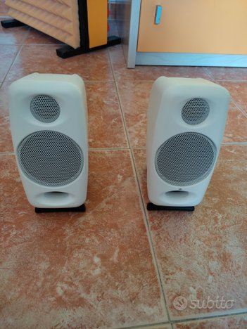 Iloud micromonitors white limited edition