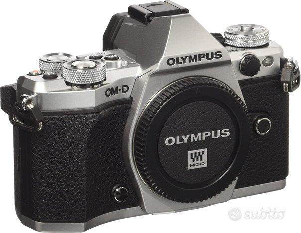 Ex demo olympus omd em5 ii corpo silver perfetta