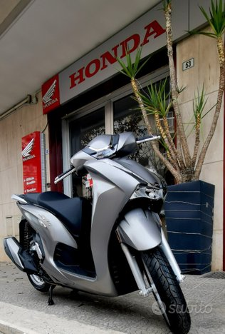 Honda SH 350