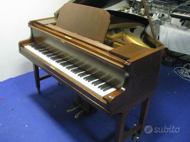 Pianoforte a coda Broadwood, 160cm, noce, 88 tasti