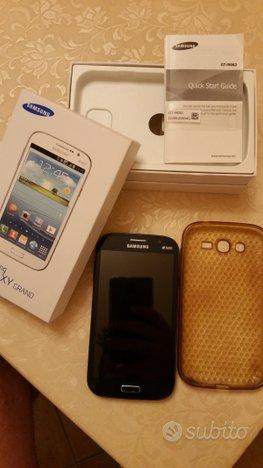 Smartphone Samsung GT-I9082
