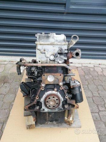 Motore canter 4m42-3at4 mitsubishi