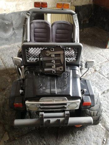 Jeep elettrica giocattolo