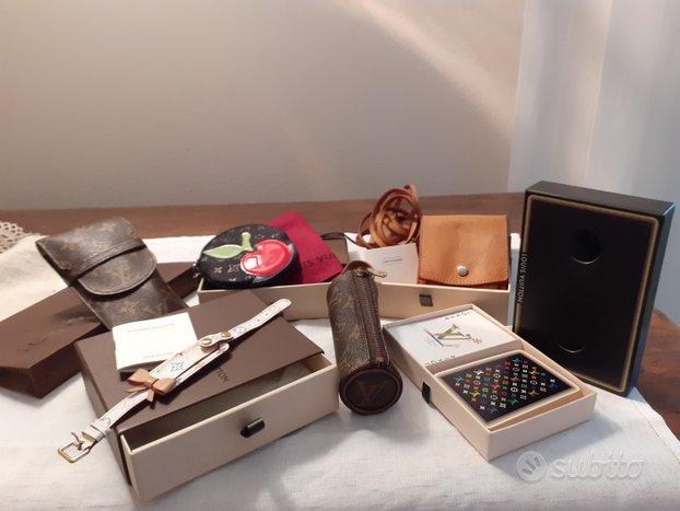 Louis Vuitton accessori