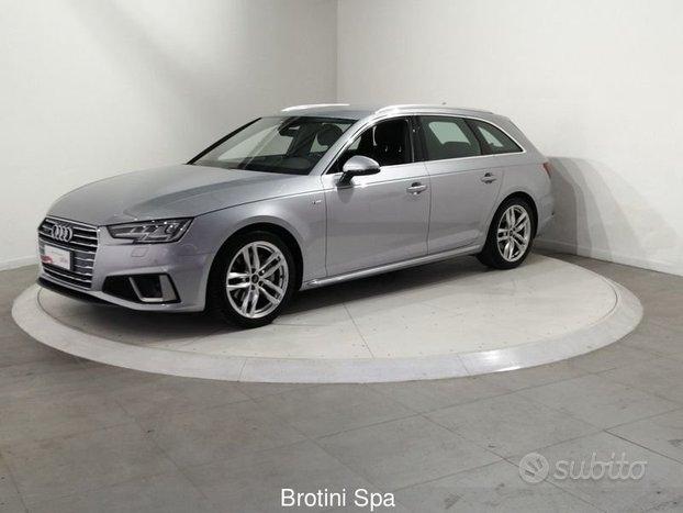 Audi A4 Avant 40 TDI quattro S tronic quattro...