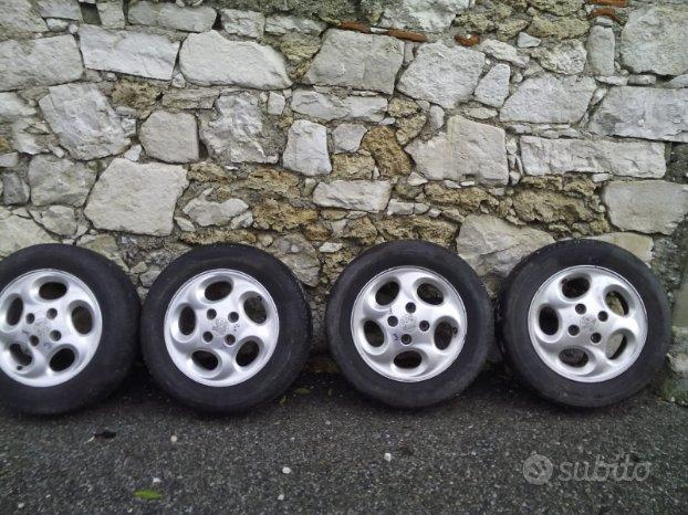 Cerchi in lega Peugeot