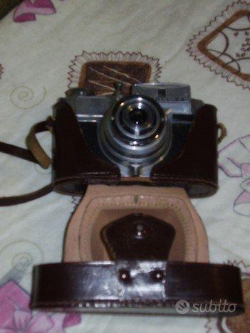 Macchina fotografica vintage bencini koroll