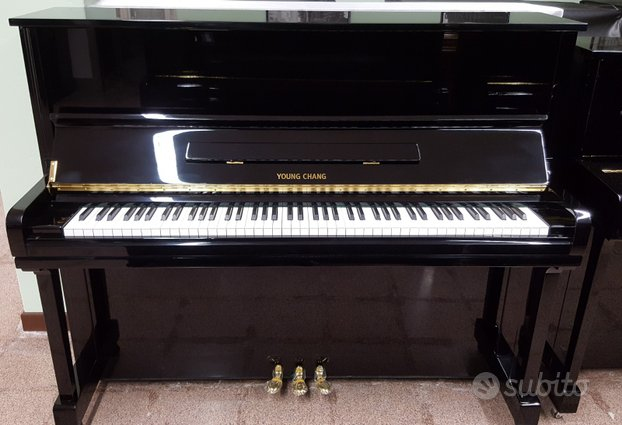 Pianoforte Young Chang cm. 121