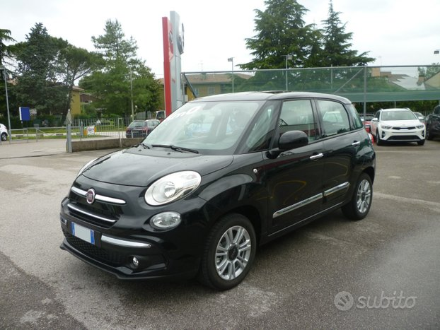 FIAT 500L 1.6 MJT 120 CV Pop Star KM 0 NERO 2018