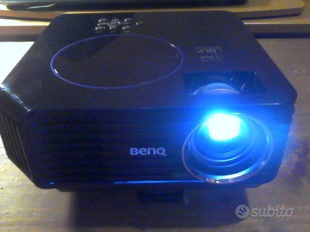 Proiettore benq home cinema e presentazioni