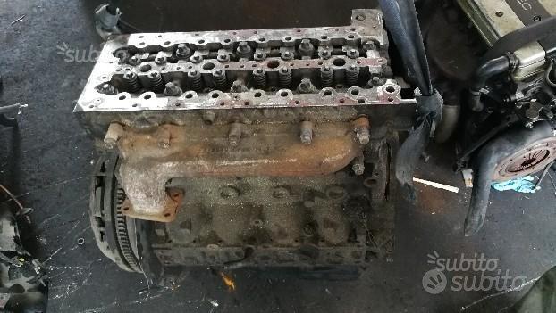 Motore iveco daily 3.0 cc t.d. anno 05 f1ce0481a