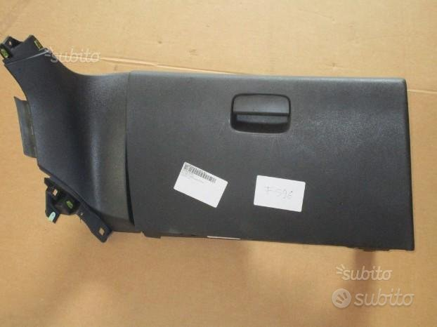 Peugeot 3008 vano porta oggetti dx - F596