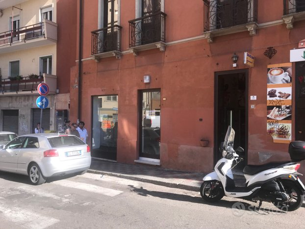 Cagliari via Iglesias locale commerciale