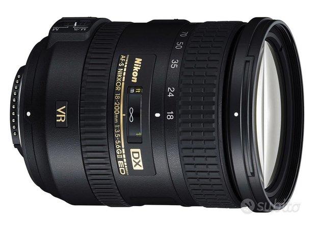 Nikon AF-S DX 18-200 mm f/3.5-5.6 G ED VR II NUOVO