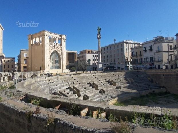 Lecce centro storico palazzo con 7 appartamenti