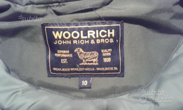 Giubbotto invernale originalWoolrich taglia 10anni