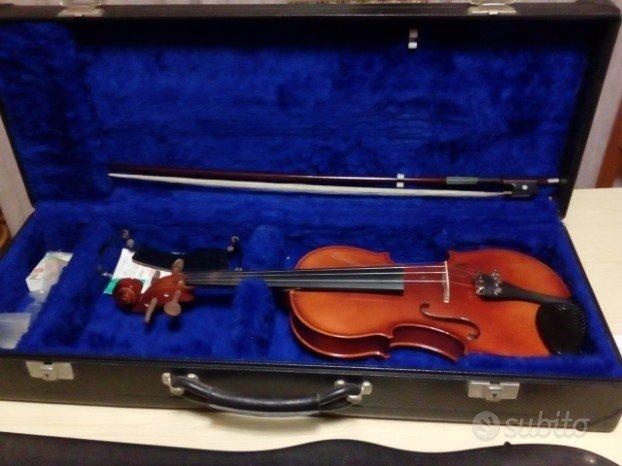 Due violini di varie misure