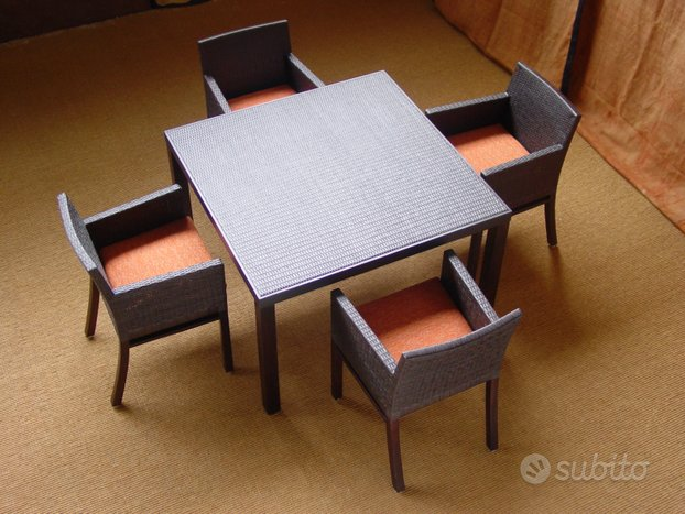 Tavolo pranzo quadrato sedie 4 posti rattan legno